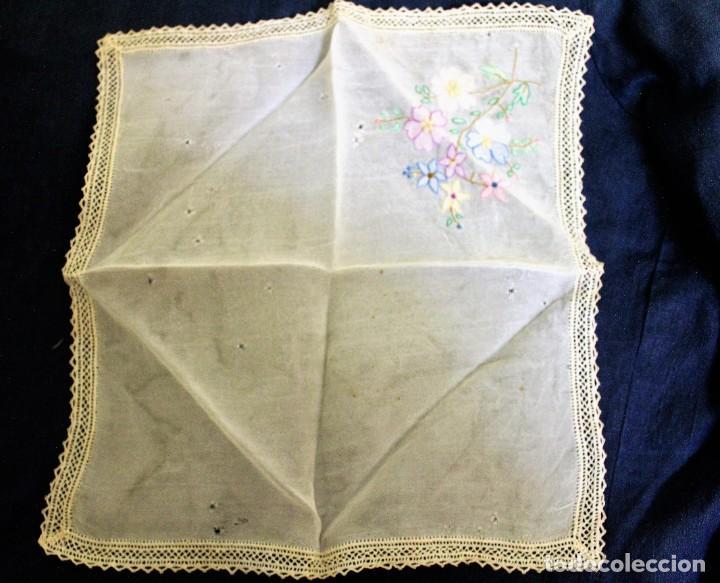 Vintage: Lote de Pañuelos de Bolsillo, bordados à mano - organza y hilo fino - Foto 6 - 205811298