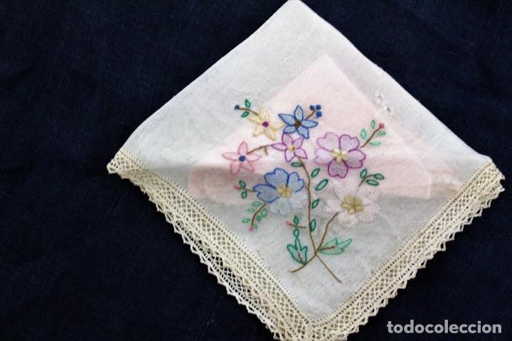 Vintage: Lote de Pañuelos de Bolsillo, bordados à mano - organza y hilo fino - Foto 8 - 205811298
