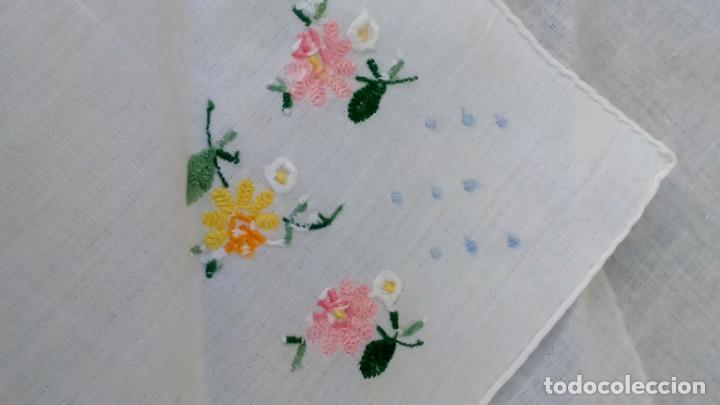 Vintage: Lote de Pañuelos de Bolsillo, bordados à mano - organza y hilo fino - Foto 10 - 205811298