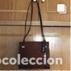 Vintage: BOLSO VINTAGE COMPLETAMENTE NUEVO A ESTRENAR DE NOBUK Y TAFILETE COLOR MARRÓN. Lote 206141373