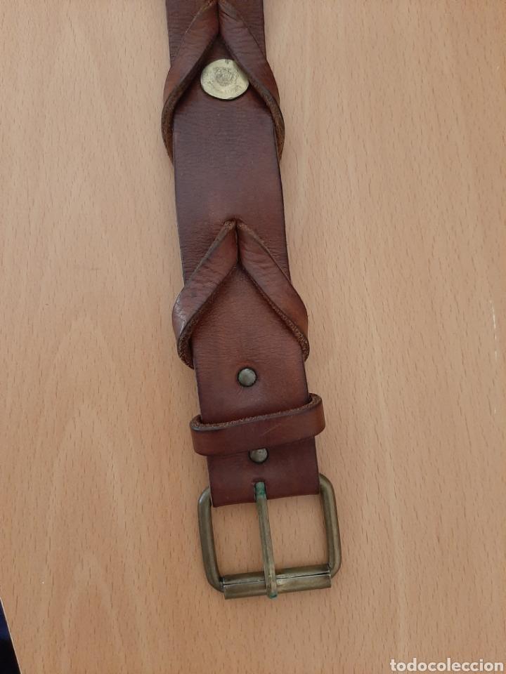 Vintage: Cinturón de cuero con monedas. 106 cm largo - Foto 2 - 206247338