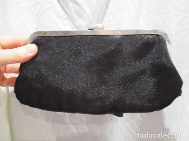 Vintage: Precioso bolso de fiesta. 26 x 14 cm - Foto 7 - 207367255