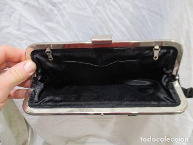 Vintage: Precioso bolso de fiesta. 26 x 14 cm - Foto 8 - 207367255