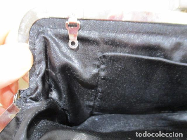 Vintage: Precioso bolso de fiesta. 26 x 14 cm - Foto 10 - 207367255