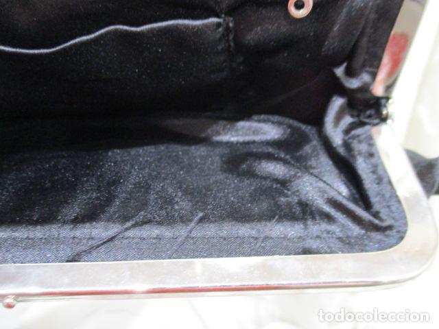 Vintage: Precioso bolso de fiesta. 26 x 14 cm - Foto 11 - 207367255