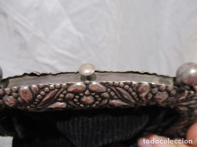 Vintage: Precioso bolso de fiesta. 19 x 15 cm - LONGITUD DE CUERDA 95 CM. - Foto 13 - 207375821