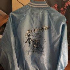 Vintage: CHAQUETA SATIN JACKET AZUL CLARO. TALLA L. SIXTEEN. HIGH SCHOOL. AT THE HOP. ROCK ROLL #USA. Lote 209914817