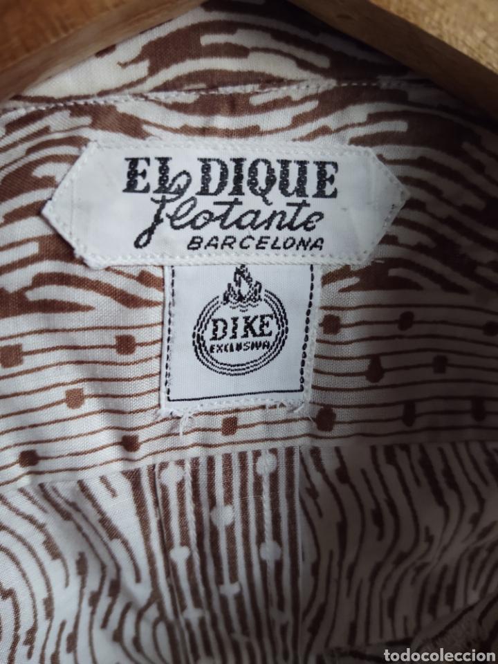 EL DIQUE FLOTANTE. CAMISA TALLA S. AÑOS 60 (Vintage - Moda - Hombre)