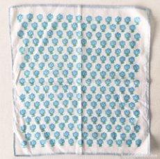 Vintage: ANTIGUO PAÑUELO FLORES AZULES- AÑOS 60 - 26X26CM. Lote 211256687