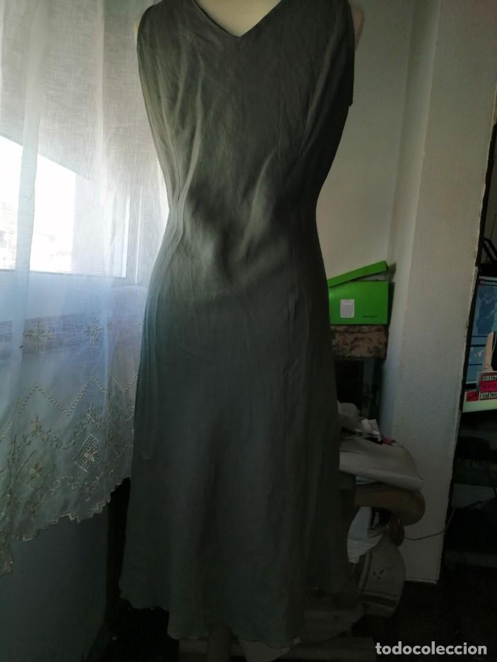 Vintage: Vestido bordado - Foto 4 - 213703010