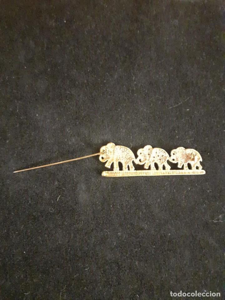Vintage: Broche dorado de elefantes y strass - Foto 2 - 215111246