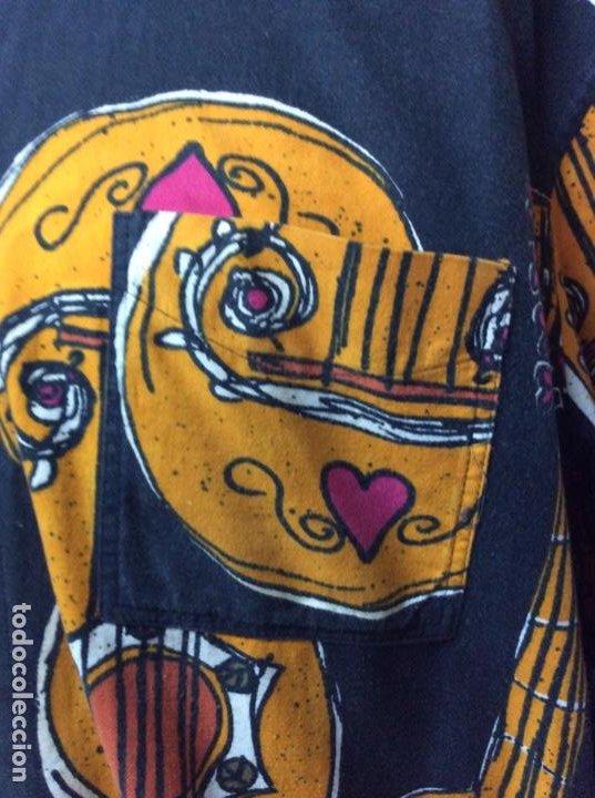 Vintage: Envió 8€. Camisa de hombre de la marca MOSCHINO de los 80. Talla XL en muy buen estado - Foto 7 - 221557762