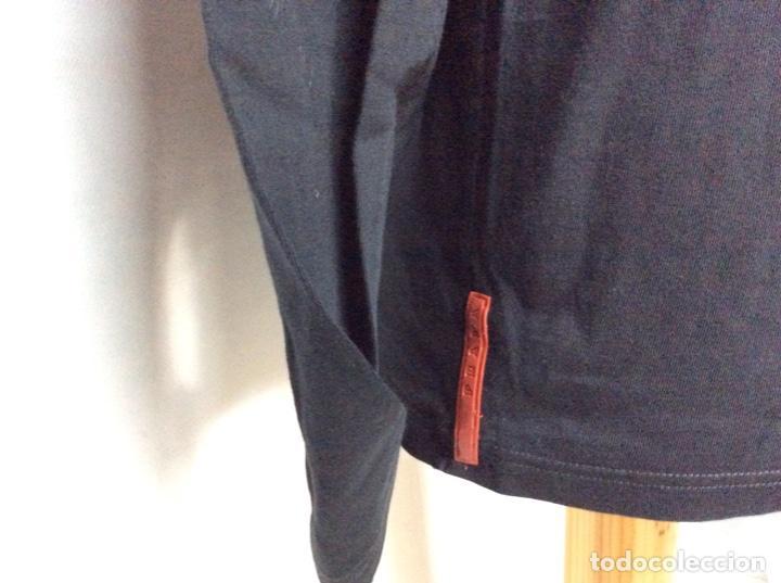 Vintage: Envió 8€. Camiseta/polo de hombre marca PRADA MILANO Talla XL muy usada pero en buen estado - Foto 3 - 221559950
