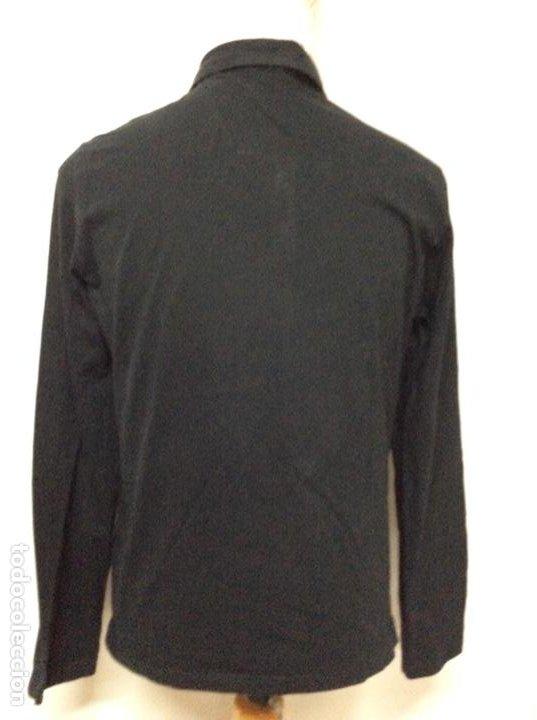 Vintage: Envió 8€. Camiseta/polo de hombre marca PRADA MILANO Talla XL muy usada pero en buen estado - Foto 5 - 221559950