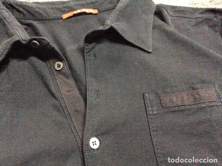 Vintage: Envió 8€. Camiseta/polo bolsillo de hombre marca PRADA MILANO Talla XL muy usada pero en buen estado - Foto 5 - 221560168
