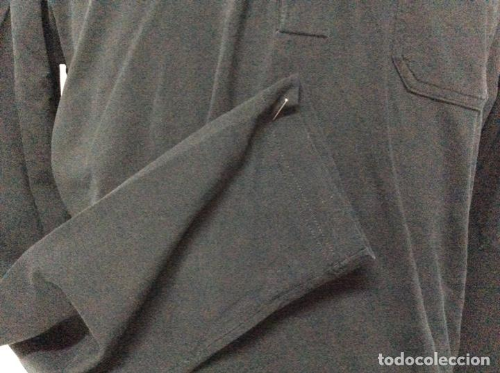 Vintage: Envió 8€. Camiseta/polo bolsillo de hombre marca PRADA MILANO Talla XL muy usada pero en buen estado - Foto 7 - 221560168