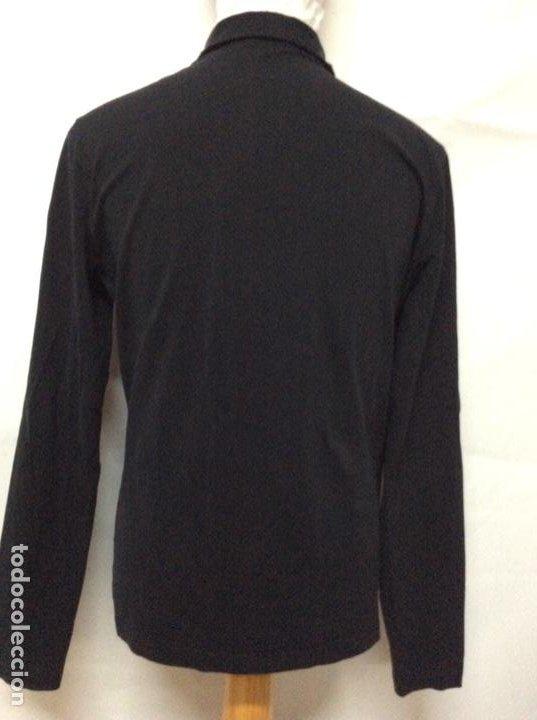 Vintage: Envió 8€. Camiseta/polo bolsillo de hombre marca PRADA MILANO Talla XL muy usada pero en buen estado - Foto 8 - 221560168