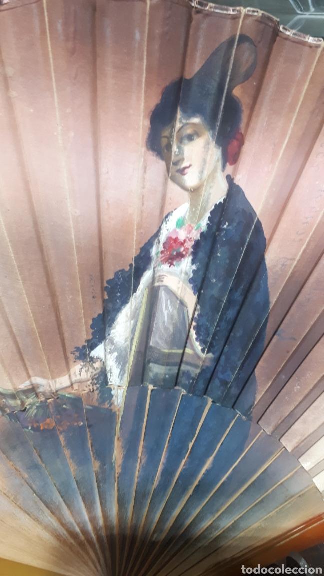 Vintage: Muy antiguo abanico pintado a mano años 50 leer descripción - Foto 3 - 224101622