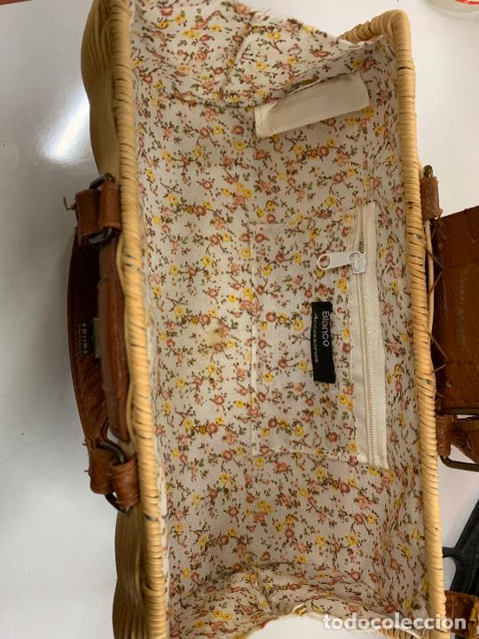 Vintage: Gracioso bolso de mano de enea o junco.Mide aprox 24x10cms sin contar el asa - Foto 6 - 224622807