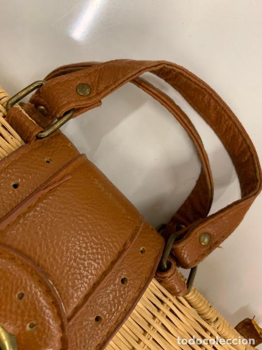 Vintage: Gracioso bolso de mano de enea o junco.Mide aprox 24x10cms sin contar el asa - Foto 9 - 224622807
