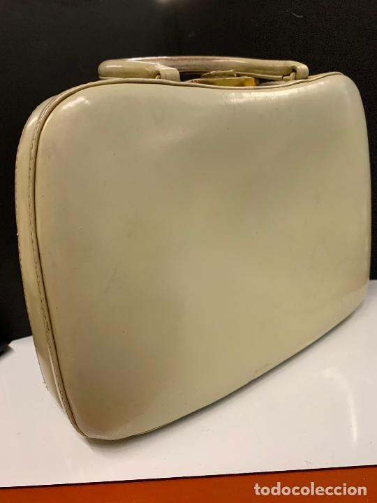 Vintage: Espectacular antiguo bolso de mano o maletin.Mide aprox 30x21cms sin contar el asa. Pieza unica - Foto 9 - 224623031