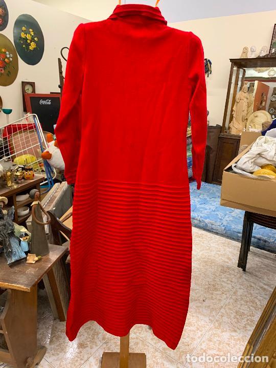 Vintage: Extraordinario vestido o chaqueta-abrigo de punto, absolutamente vintage, años 70. Impecable - Foto 2 - 224624092