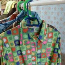 Vintage: CAMISA ESTAMPADA DE LOS AÑO 70. Lote 225316425