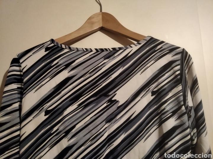 Vintage: Camiseta lycra talla M azul y blanca - Foto 3 - 228065825