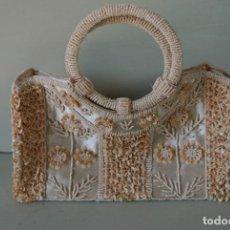 Vintage: BOLSO, BORDADO A MANO CON CONCHAS. VINTAGE. Lote 234397305