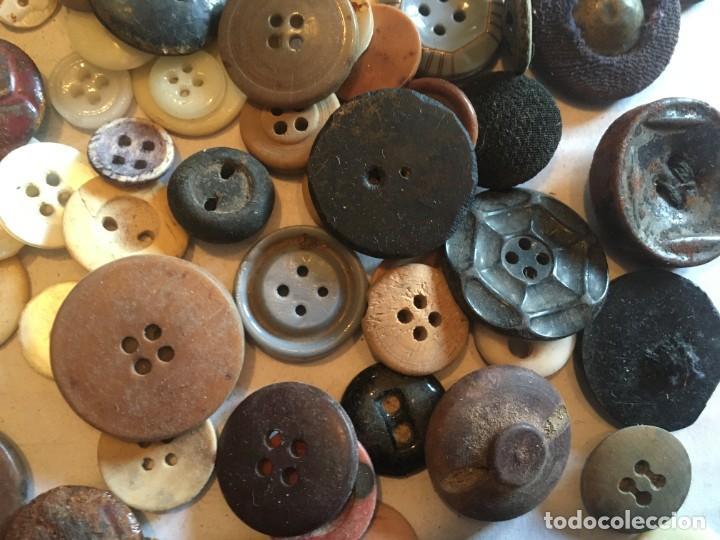 Vintage: botones varios antiguos, viejos y usados lote mas de 300 - Foto 6 - 235433645