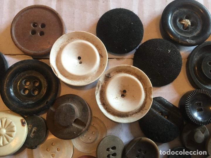 Vintage: botones varios antiguos, viejos y usados lote mas de 300 - Foto 8 - 235433645
