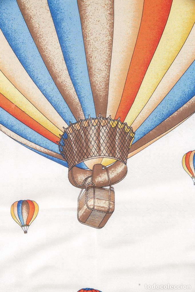 Vintage: Pañuelo de seda estampada con globos Enmarcado Celine París - Foto 3 - 236040020