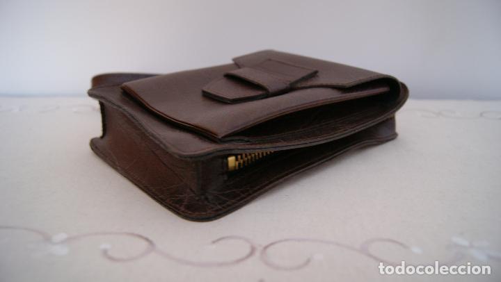 Vintage: Bolso de mano hecho en cuero grueso Piel Marrón - Foto 3 - 236133215