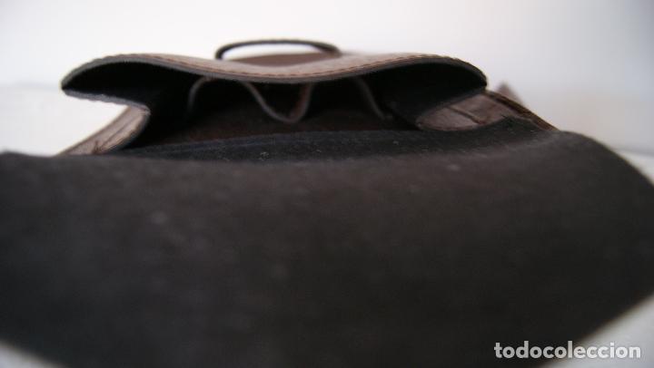 Vintage: Bolso de mano hecho en cuero grueso Piel Marrón - Foto 5 - 236133215