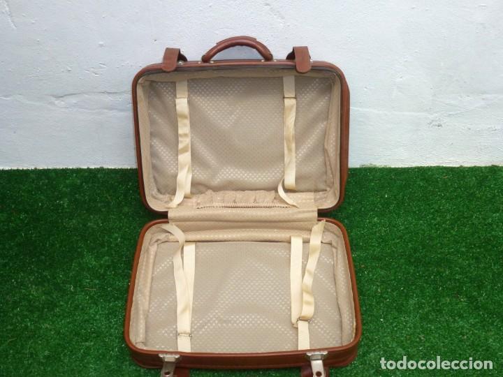 Vintage: Maleta Vintage De 51 x 37 x 17 Cm. - Foto 3 - 238426015