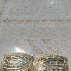 Vintage: EXCELENTE HEBILLA ART DECO DORADA REPUJADA FILIGRANA. Lote 241281545