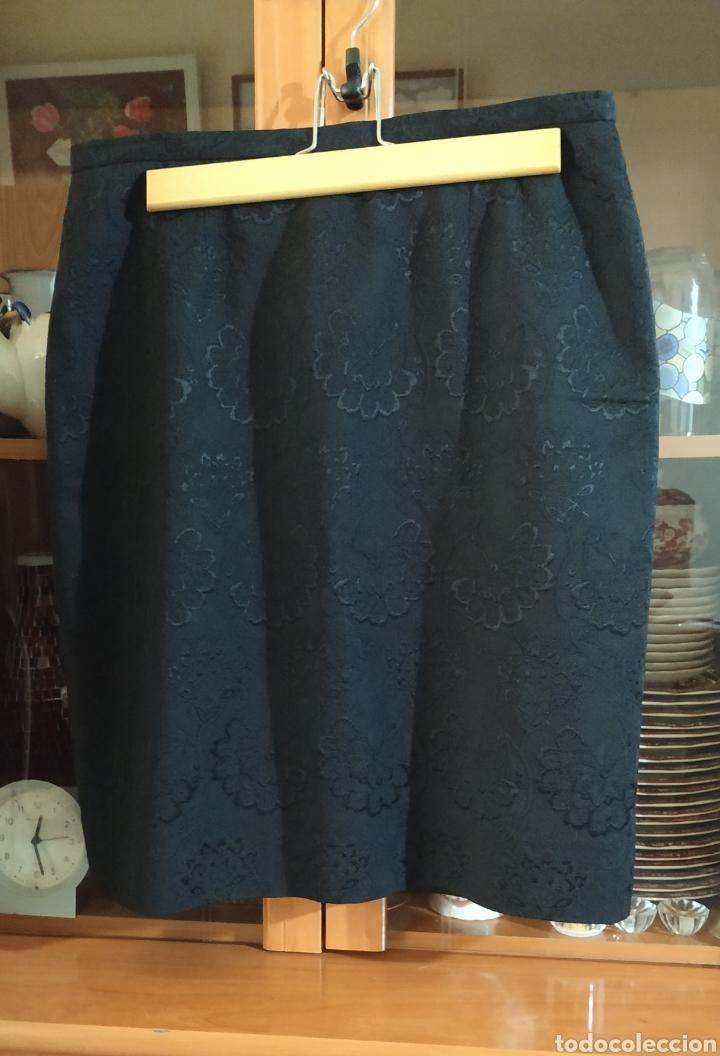 Vintage: Elegante Falda Bordada negra, nueva - Foto 3 - 242278025