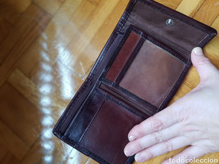 Vintage: Billetera morada y piel marrón - Foto 2 - 243014500