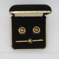 Vintage: BURBERRYS CAJA CON PISACORBATAS Y CUBREBOTONES AÑOS 70-80. Lote 251475430