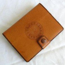 Vintage: CARTERA MONEDERO DE CUERO REPUJADO POLONIA, SIN USO. Lote 261850545
