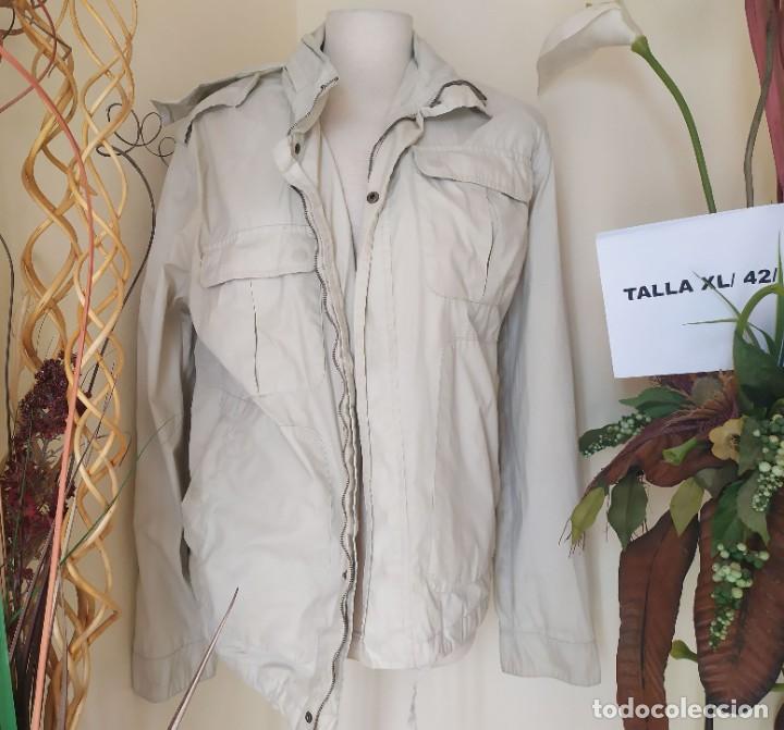 CHAQUETA MANGA LARGA LIGERA BEIGE CAPUCHA SFERA TALLA XL (Vintage - Moda - Mujer)