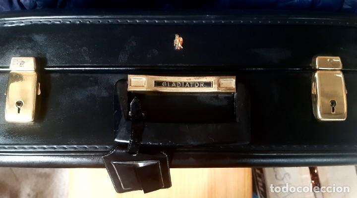 Vintage: Antigua maleta vintage marca gladiador - Foto 2 - 265487634