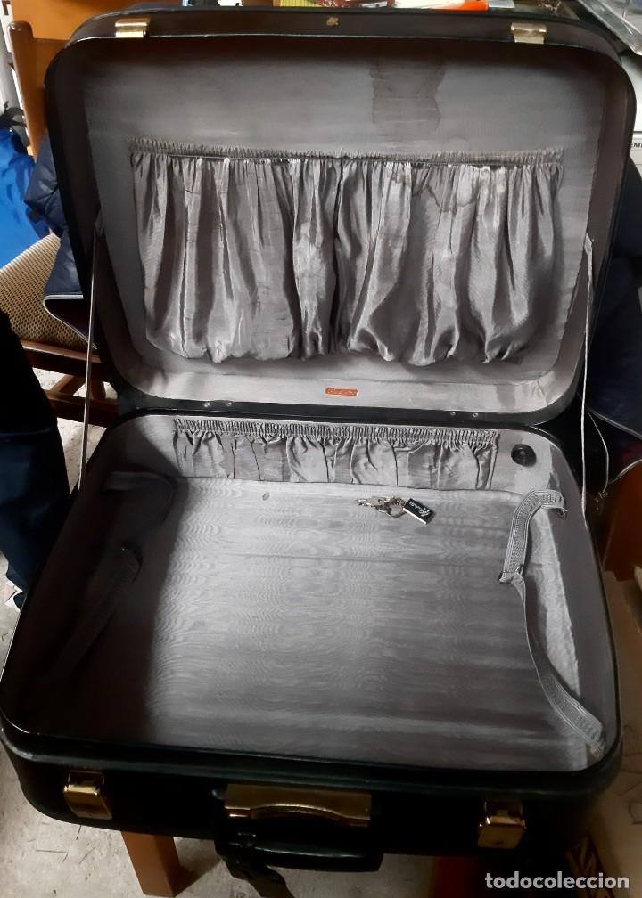 Vintage: Antigua maleta vintage marca gladiador - Foto 3 - 265487634