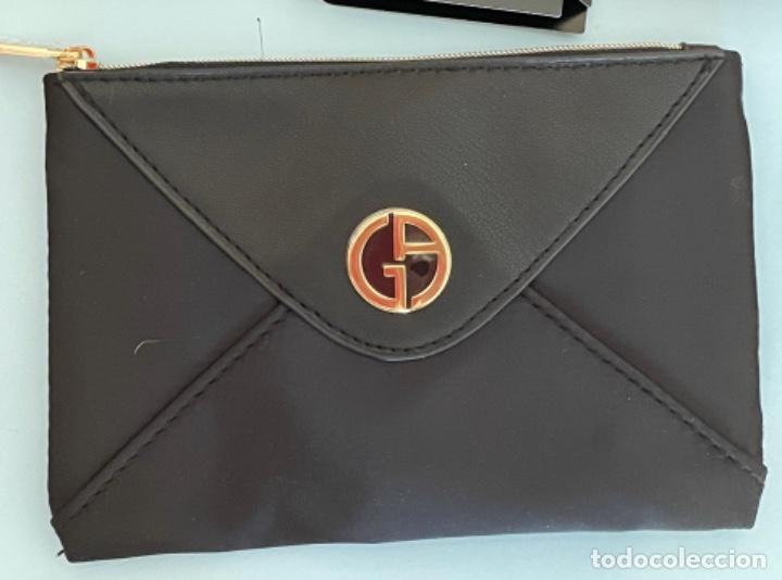 Vintage: Neceser de bolso de Giorgio Armani. Nuevo con muestras de perfume y colorido. - Foto 2 - 266912384