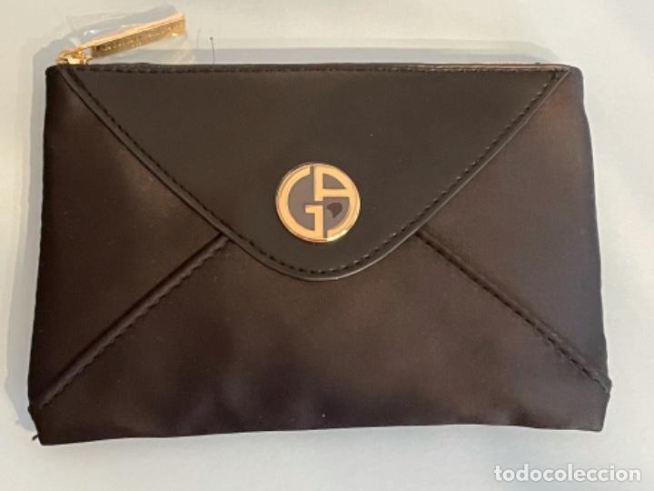 Vintage: Neceser de bolso de Giorgio Armani. Nuevo con muestras de perfume y colorido. - Foto 8 - 266912384