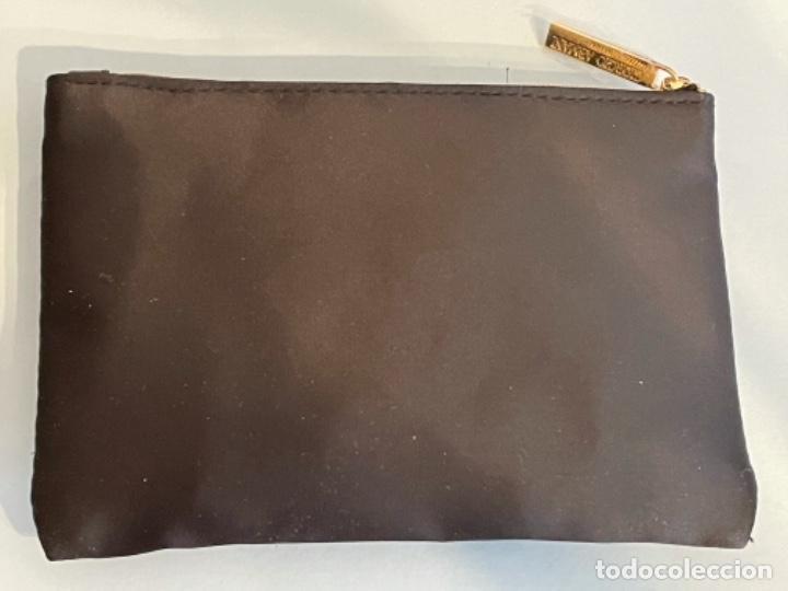 Vintage: Neceser de bolso de Giorgio Armani. Nuevo con muestras de perfume y colorido. - Foto 9 - 266912384