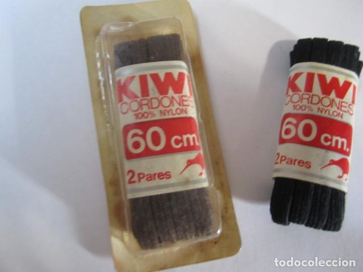 LOTE 2 CORDONES ZAPATO KIWI 100% NYLON VINTAGE (Vintage - Moda - Complementos)