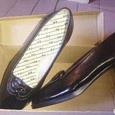 Vintage: ORIGINALES PAR DE ZAPATOS DE MUJER, NÚMERO 37,VINTAGE AÑOS 70-80. Lote 269453328