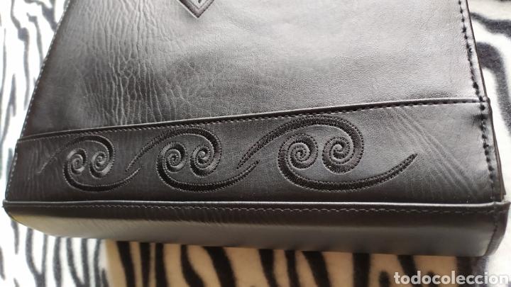 Vintage: Elegante Bolso Vintage BELLE PARIS; Prácticamente NUEVO. PERFECTAMENTE CONSERVADO. Años 70. - Foto 3 - 270689683