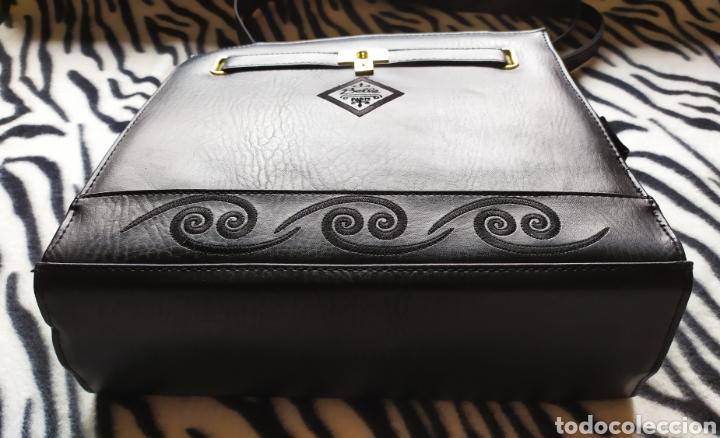 Vintage: Elegante Bolso Vintage BELLE PARIS; Prácticamente NUEVO. PERFECTAMENTE CONSERVADO. Años 70. - Foto 6 - 270689683